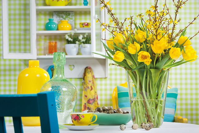 Spring Flower Arrangement - Tulips are perfect for straight tall vases